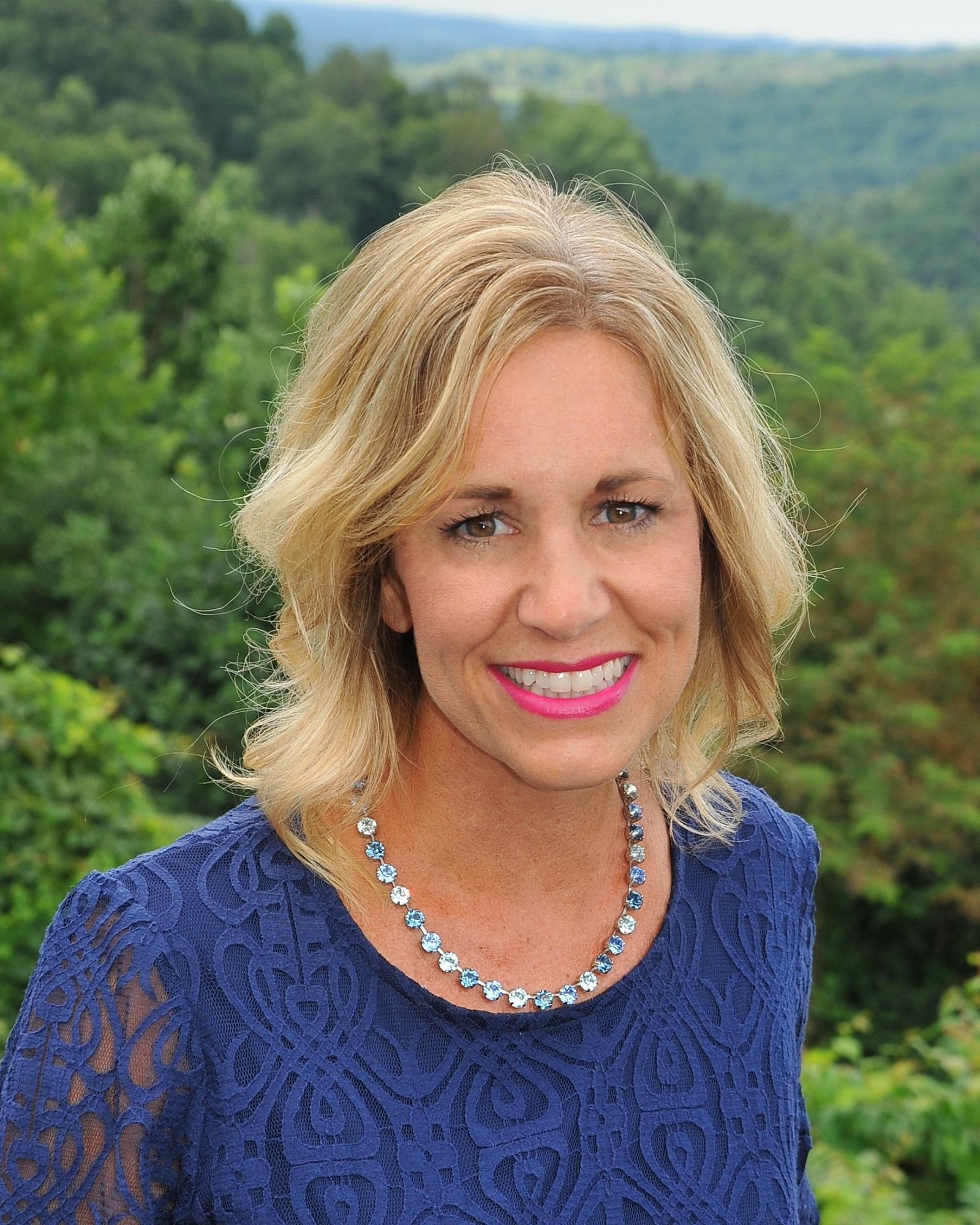 Nicole Wolfe